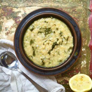 Lentil-spinach-and-lemon-soup